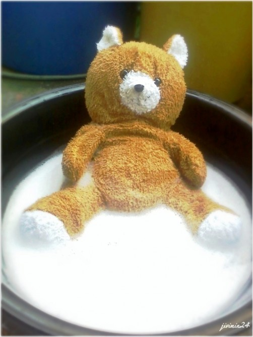My stufftoy loves to take a bath :D